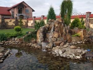 водопад-з-водоймою